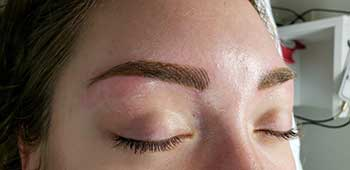 Permanent Makeup: Brows